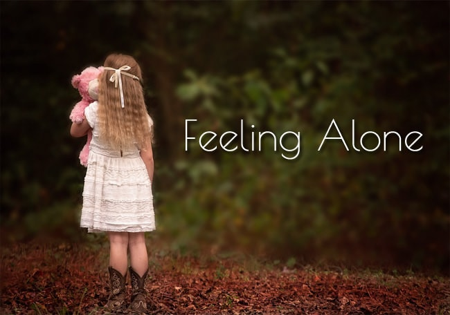 1355-Cute-Feeling-Alone-Baby-Girl-Facebook-WhatsApp-Status